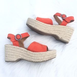 Universal Threads  7.5 Espadrille Sandals Orange